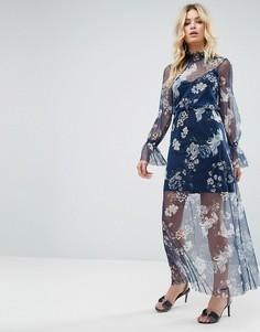 Сетчатое платье макси с принтом и сборками ASOS - Мульти