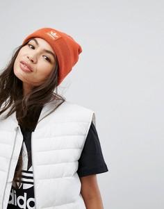Оранжевая шапка-бини с вышивкой adidas - Оранжевый