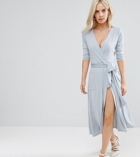 Креповое платье миди с запахом ASOS PETITE - Серый