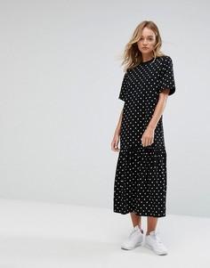Платье-футболка макси в горошек Monki - Черный