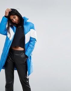 Длинная оверсайз-куртка с контрастной шевронообразной вставкой Puffa - Синий