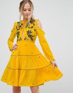 Свободное платье из бархата с открытыми плечами и цветочной вышивкой Frock And Frill - Желтый