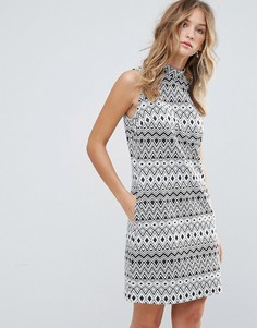 Свободное платье без рукавов с геометрическим принтом Deby Debo - Черный