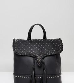 Рюкзак с заклепками и кисточками Sacred Hawk - Черный