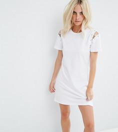 Платье-футболка со шнуровками на плечах Glamorous Petite - Белый