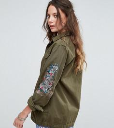 Куртка в стиле милитари с вышивкой дракона на рукаве Glamorous Tall - Зеленый