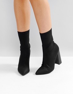 Черны полусапожки на высоком каблуке Public Desire Libby - Черный