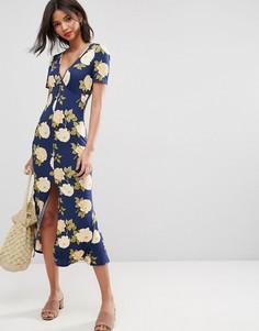 Синее чайное платье макси на пуговицах с V-образным вырезом и цветочным принтом ASOS City - Мульти