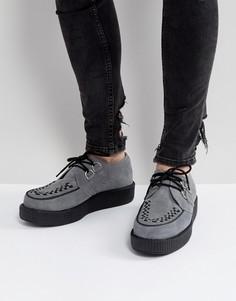 Замшевые туфли на платформе T.U.K - Серый TUK