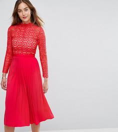 Платье миди с кружевным лифом и плиссированной юбкой Little Mistress Tall - Красный