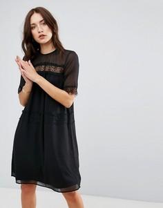Платье с кружевной вставкой Y.A.S - Черный