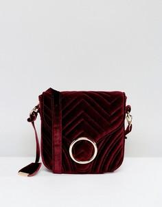 Стеганая бархатная сумка через плечо с кольцом Glamorous - Красный