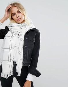 Черно-белый шарф в клетку Glamorous - Белый