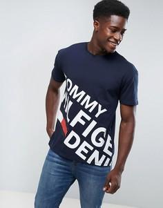 Темно-синяя футболка с большим асимметричным логотипом Tommy Hilfiger Denim - Темно-синий