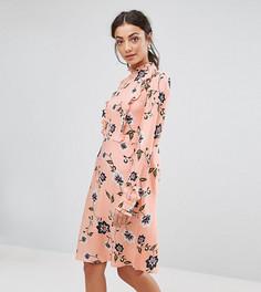 Платье с цветочным принтом Vero Moda Tall - Розовый