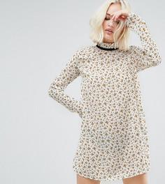 Платье с высоким воротом и люверсами Reclaimed Vintage - Кремовый