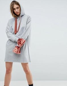 Платье-худи с бархатными манжетами и завязкой ASOS - Серый
