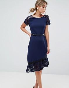 Платье с короткими кружевными рукавами и отделкой кроше Paper Dolls - Темно-синий