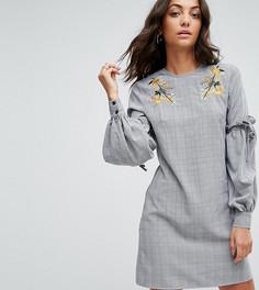 Платье с цветочной вышивкой и оборками на рукавах Fashion Union Tall - Серый