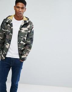 Легкая куртка с камуфляжным принтом Jack & Jones Originals - Зеленый