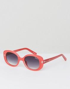 Красные квадратные солнцезащитные очки Quay Australia Lulu - Красный