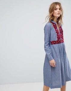 Платье миди из шамбре с вышивкой Leon and Harper - Синий