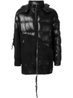 стеганое пальто с капюшоном и контрастными панелями Moncler X Craig Green