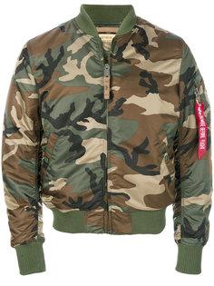 куртка-бомбер с камуфляжным принтом Alpha Industries