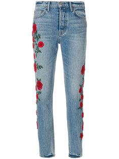 джинсы с вышивкой Grlfrnd