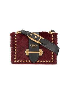 маленькая сумка через плечо с золотистыми заклепками Cahier Prada