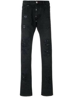 джинсы с рваными деталями Philipp Plein
