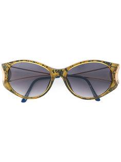 oval frame sunglasses Dior Eyewear