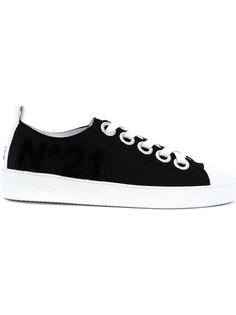 кроссовки на шнуровке Nº21