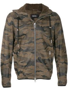 куртка с камуфляжным принтом Diesel