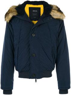 куртка с капюшоном  и меховой оторочкой Armani Jeans
