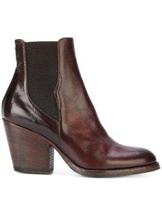 ботинки на каблуке в стиле вестерн Pantanetti