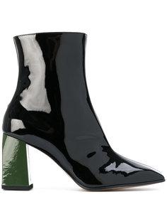 ботинки с заостренным носком Ssheena