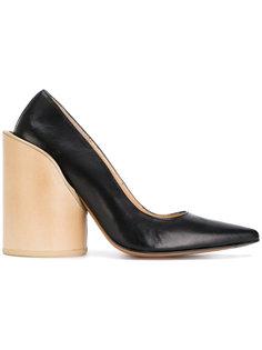туфли-лодочки с заостренным носком Jacquemus