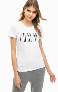 Белая хлопковая футболка с принтом Hilfiger Denim