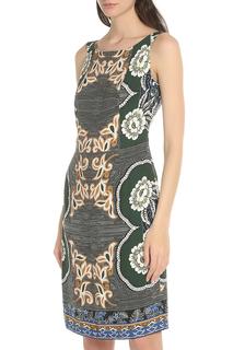 Приталенное платье до колен Blacky Dress
