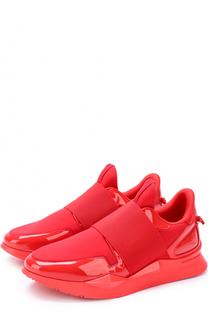 Лаковые кроссовки с текстильной вставкой Givenchy