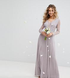 Плиссированное платье макси с длинными рукавами и кружевом TFNC WEDDING - Серый