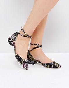 Туфли на блочном каблуке с ремешком вокруг щиколотки London Rebel - Черный