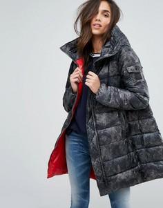 Дутая куртка с камуфляжным принтом Replay - Синий