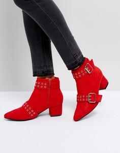 Полусапожки на среднем каблуке с острым носом Truffle Collection - Красный