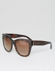 Классические солнцезащитные очки кошачий глаз в черепаховой оправе Dolce & Gabbana - Коричневый