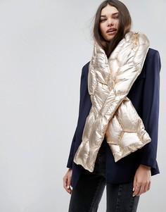 Длинный стеганый шарф с эффектом металлик ASOS - Золотой