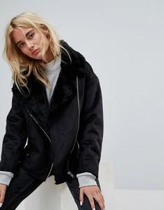 Длинная куртка с меховым воротником Weekday - Черный