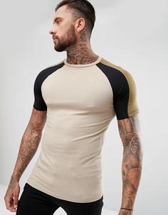 Обтягивающая футболка с контрастными рукавами реглан ASOS - Бежевый