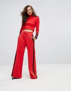 Спортивные брюки с контрастными полосками Gigi Hadid - Красный Tommy Hilfiger